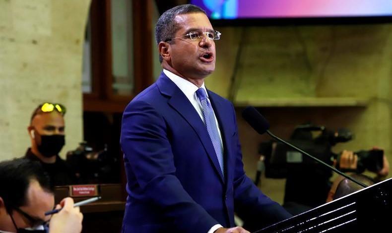 PUERTO RICO: Gobernador urge vacunación ante repunte casos covid