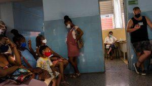 Cuba confirma otros 8.000 casos de covid-19 y 75 muertos en 24 horas