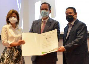 DGA entrega certificación OEA-S y OEA a más de 80 empresas de RD