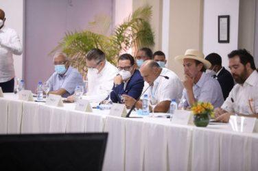 MICM pasa balance a ejecución plan relanzamiento industria del tabaco