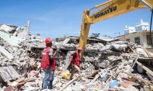Asciende a casi dos mil la cantidad de fallecidos por sismo