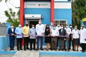Promese/Cal inaugura Farmacias del Pueblo en Sánchez Ramírez