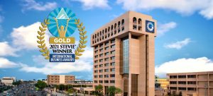 """""""El Lado Positivo"""" del Popular gana oro premios Stevie Awards"""