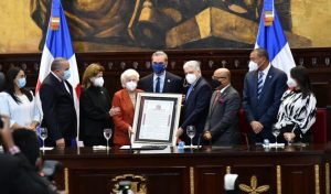 El Senado reconoce trayectoria de la exvicepresidenta Ortiz Bosch