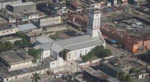 Primer ministro de Haití sobrevoló zonas afectadas por sismo