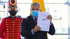 COLOMBIA: Duque presenta Ley gravará empresas para financiar subsidios