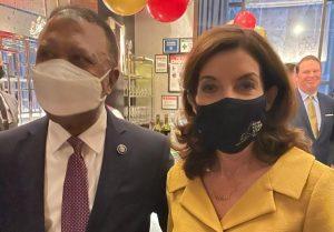 N. YORK: Manuel Lebrón se reúne con gobernadora Kathy Hochul