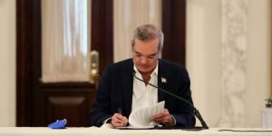 Ejecutivo dispone extradición de 3 dominicanos hacia EU y Argentina