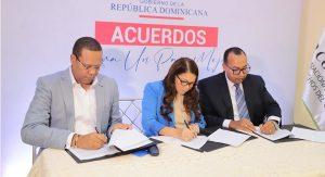 Firman acuerdo para garantizar calidad en suministro alimentos