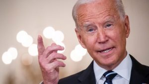 EE.UU: Biden ordena vacunación masiva de trabajadores federales