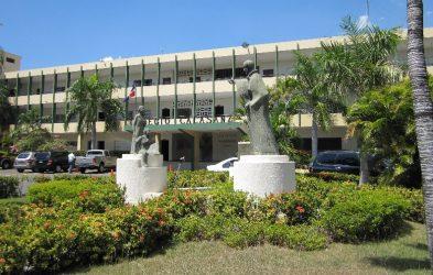 Dos colegios dominicanos han reportado casos de coronavirus