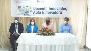 ADASEC e INAFOCAM capacitan maestros de Azua en uso de TIC