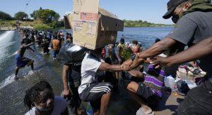 Gobierno de Haití sigue situación de migrantes en frontera de EEUU