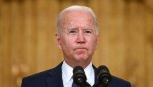 EU: Aprobación de Biden cae al 44% por retiro tropas Afganistán