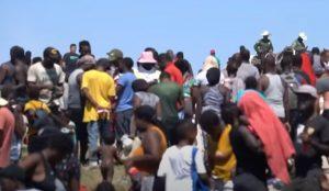 EEUU comienza expulsar a los migrantes haitianos por avión