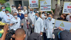 Médicos RD volverán a paralizar servicios a los afiliados de ARS