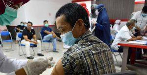 China completa la vacunación de más de 1.000 millones personas