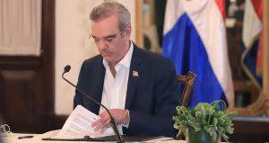 Abinader suprime DICOM, DIAPE y Dirección Prensa de la Presidencia