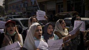 AFGANISTAN: Mujeres reclaman su derecho a educación y empleo