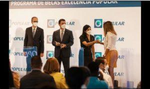 Banco Popular entrega becas a 65 jóvenes meritorios universitarios