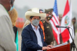 PERU: Castillo se desmarca de las acusaciones relacionan su partido