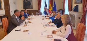 Gobierno español enviará agentes para capacitar policías de la RD