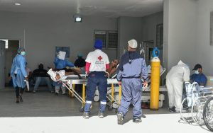 Salud Pública reporta 870 nuevos contagios de COVID y 2 muertes
