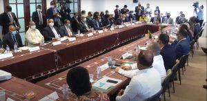 PRM y FP rechazan incluir tema reelección en el diálogo del CES