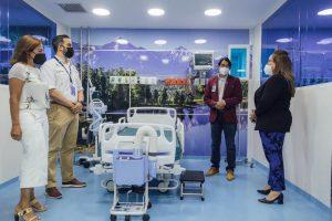 Entregan áreas con equipos alta tecnología en Hospital Santiago
