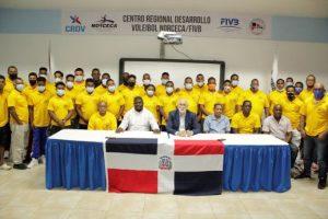 Fedola trabaja en fortalecimiento de las asociaciones de lucha
