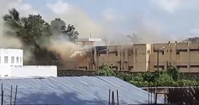 Al menos 20 reclusos heridos en  un incendio en cárcel de Cotuí