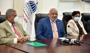 Ministerio Educación contratará a profesores de manera provisional