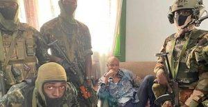 GUINEA: Militares detienen al presidente en golpe de Estado
