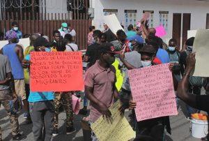 Haitianos marchan en el sur de México y piden agilizar papeles