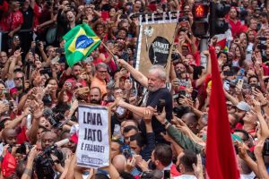BRASIL: Lula da Silva compara a Bolsonaro con Hitler y Mussolini
