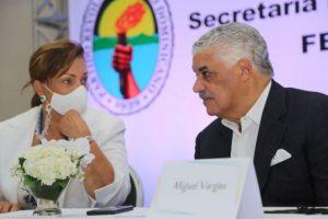 Vargas juramenta a los integrantes Secretaría de la Mujer del PRD