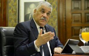 Miguel Vargas respalda propuesta de Abinader sobre crisis haitiana