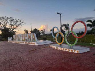 Alcaldía Municipal inaugura un parador fotográfico en Bayaguana