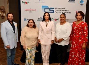 Asociación de Cronistas Sociales presenta revista con memorias