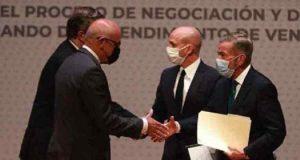 VENEZUELA: Gobierno y oposición reanudan diálogo en México