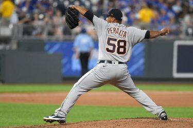 Wily Peralta gana; Vladimir Guerrero Jr. conecta tres hits