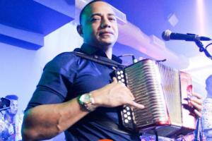 Merenguero Yovanny Polanco anuncia gira por Estados Unidos