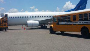 Llegan a República Dominicana otros 61 deportados desde EU