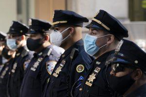 NUEVA YORK: Sindicato Policía recurre para impedir vacunación