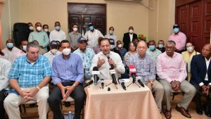 Martínez opina Gobierno ahoga a los productores agropecuarios