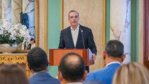 Abinader reitera compromiso de erradicar delitos y otros males RD