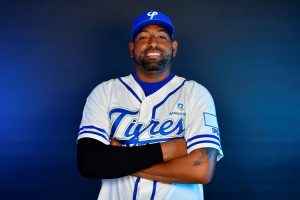César Valdez será pitcher abridor partido inaugural Tigres Licey