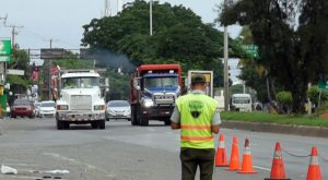 Inició este domingo plan piloto limita vías a camiones y patanas