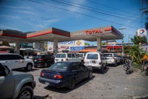 Conductores petrolíferos levantan movimiento de huelga en Haití