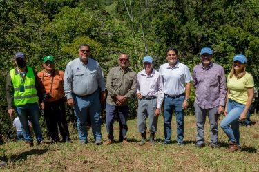 Coca-Cola reforesta cuenca del río Higua en región Norte